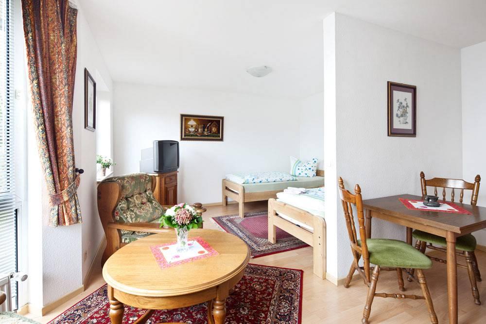 pension hamburg zentrum g nstig pension schmidt hamburg. Black Bedroom Furniture Sets. Home Design Ideas